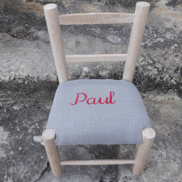 Un cadeau unique pour un événement spécial : une chaise artisanale